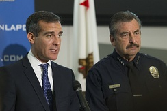 Garcetti with Charlie Beck in 2014