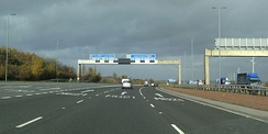 The M1 and M621 interchange on the north bound carriageways at Leeds