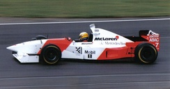 Blundell driving for McLaren at the 1995 British Grand Prix.