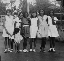 Group of Eurasian girls in Indonesia around 1925–1930