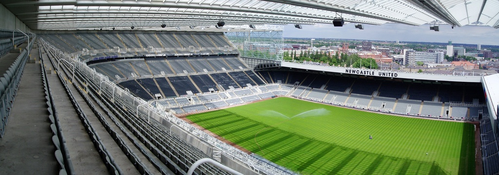 A panorama of St James' Park from the Milburn Stand, showing from left to right the Sir John Hall Stand, the East Stand and the Gallowgate End