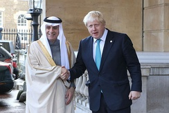 Foreign Minister Adel al-Jubeir with British Foreign Secretary Boris Johnson in London, 16 October 2016