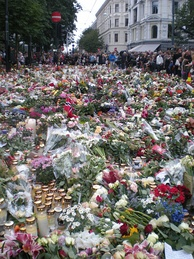 Flowers laid in front of Oslo Cathedral, 25 July 2011