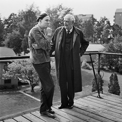 Ingmar Bergman (L) and Victor Sjöström (R) in 1957, during production of Wild Strawberries in the studios in Solna.