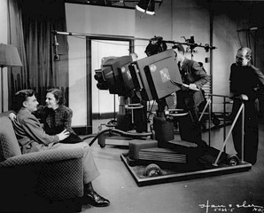 Grace Bradt and Eddie Albert in a 1936 NBC television program The Honeymooners-Grace and Eddie Show using an early RCA camera.