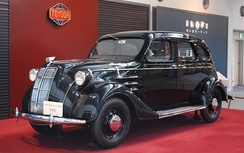 1936 Toyota AA inspired by the Chrysler Airflow
