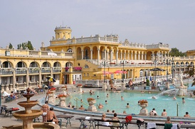 Széchenyi Thermal Bath in the City Park