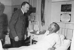 Hitler visits Admiral Karl-Jesko von Puttkamer in the hospital
