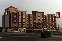 A Comfort Suites in Laredo, Texas in 2008