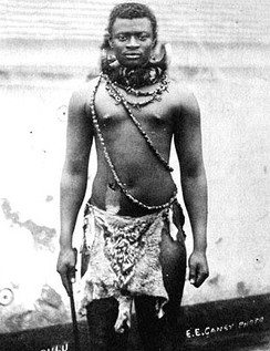 King Dinuzulu, wearing what is perhaps the necklace from which the original Wood Badge beads came
