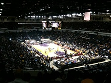Lakers exhibition game in October 2010 with arena in basketball configuration