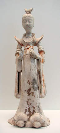 A terracotta sculpture of a woman, 7th–8th century; during the Tang era, female hosts prepared feasts, tea parties, and played drinking games with their guests.