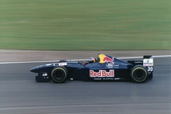 Frentzen driving for Sauber at the 1995 British Grand Prix.