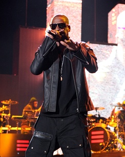 "Jay-Z was cited by several critics as the rapper who gave the best verse on ""So Appalled""."