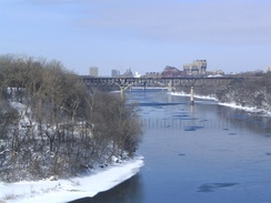 In Minnesota, the Mississippi River runs through the Twin Cities (2007)