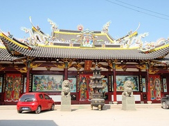 Temple of the Filial Blessing (孝佑宫 Xiàoyòugōng), an ancestral temple of a lineage church, in Wenzhou, Zhejiang