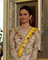 Zara Davidson of mixed Arab, Scottish and Malay descent is Perak's current queen consort to Sultan Nazrin Muizzuddin Shah