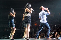 Season 10 American Idol tour, Scotty McCreery performing with Thia Megia, Haley Reinhart and Pia Toscano