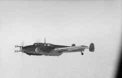 An early-model Bf 110G of 9./NJG 3 with Matratze UHF radar antennas for FuG 202/212 use.