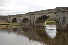 Burnsall Bridge - geograph.org.uk - 750381.jpg