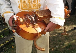 Slovak-style hurdy-gurdy (ninera) made and played by Tibor Koblicek
