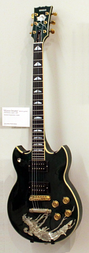 Santana's Yamaha SG2000 Devadip (1976, with inlay) on exhibit in the Berlin Musical Instrument Museum