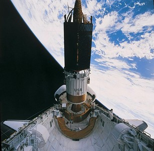TDRS is deployed on STS-54 with IUS booster.
