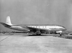 Prototype of the de Havilland Comet in 1949, the first jet airliner in the world