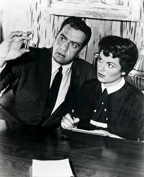 "Perry Mason (Raymond Burr) and Della Street (Barbara Hale) in ""The Case of the Corresponding Corpse"" (1958)"
