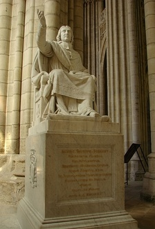 19th-century statue of Bossuet in Meaux Cathedral