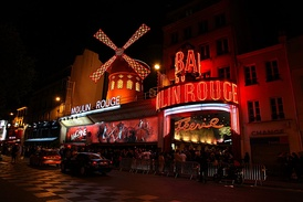 The Moulin Rouge at midnight