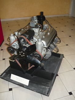 Prototype V8 engine for the Peugeot 802