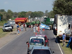 Road blockade during the 2008 Argentine government conflict with the agricultural sector in Villa María, Córdoba