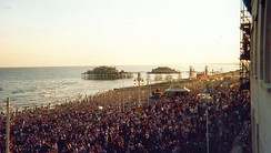 """The Big Beach Boutique II"": over 250,000 watched Fatboy Slim (July 2002)"
