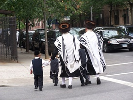 Haredim Jewish residents in Brooklyn, home to the largest Jewish community in the United States, with approximately 600,000 individuals. About 23% of the borough's population in 2011 was Jewish.[59]