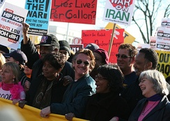 Jackson at an anti-war rally in 2007 with Sean Penn