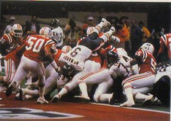 The Bears making a rushing play in the end zone against the Patriots during Super Bowl XX