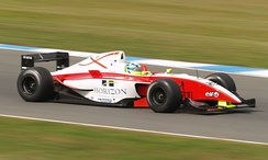 Walker driving for Fortec Motorsport at the Donington Park round of the 2007 World Series by Renault season.