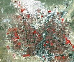 A traditional false-color satellite image of Las Vegas. Grass-covered land (e.g. a golf course) appears in red.