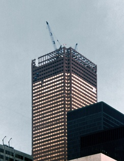 Construction of First Canadian Place, the operational headquarters of the Bank of Montreal, in 1975. During the 1970s several Canadian financial institutions moved to Toronto.