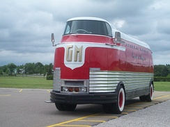GM Futurliner #10 (built 1936) now owned by the National Auto & Truck Museum