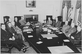 Secretary of Agriculture Clinton P. Anderson (center) in the Truman Cabinet (January 1948).