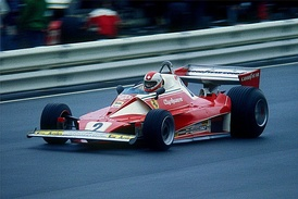 Clay Regazzoni in a 312T2 in 1976 at the Nürburgring