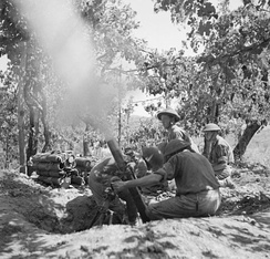 Men of the 5th Battalion, Hampshire Regiment manning a 3-inch mortar at Salerno, 15 September 1943.