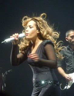 Amel Bent during a concert at Olympia (Paris) in 2011.