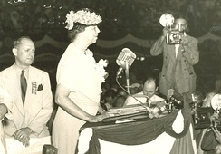 First Lady Eleanor Roosevelt speaking on the final day of the convention