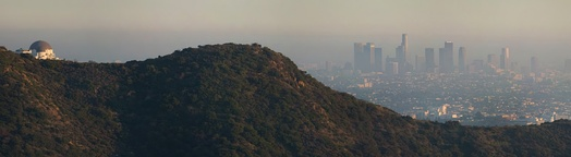 A view of Los Angeles covered in smog