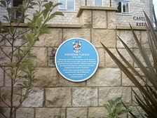 A blue plaque marking the site of Wetherby Castle