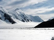 Contrasted climates between the most glaciated area in western Eurasia (Aletsch Glacier),[60] the cold temperate Jura (Vallée de Joux), the southern canton of Ticino (Lake Lugano), and the western canton of Vaud and its vine terraces (Lake Geneva)