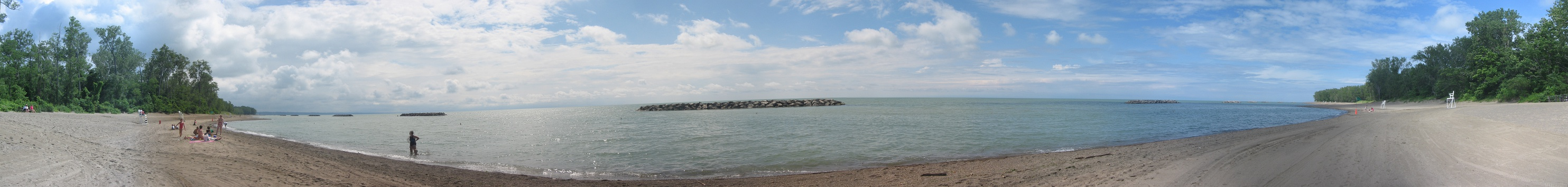 Panoramic view of Lake Erie from Beach 7 (Waterworks Beach) in Presque Isle State Park in Erie County, Pennsylvania